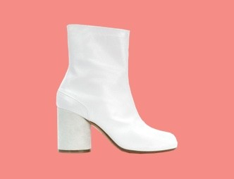 Stylist Fave: White Boots